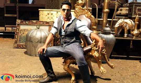 Akshay Kuamr (Tees Maar Khan Movie Still)