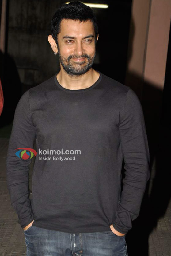 Aamir Khan At 'Dhobi Ghat' Movie Screening