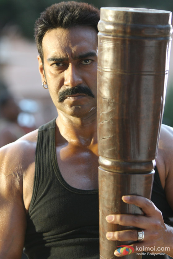 Ajay Devgan Macho Look In Bol Bachchan Movie Stills