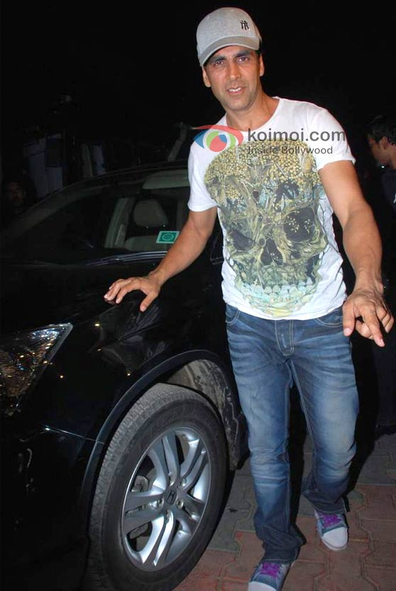 Akshay Kumar With His Car