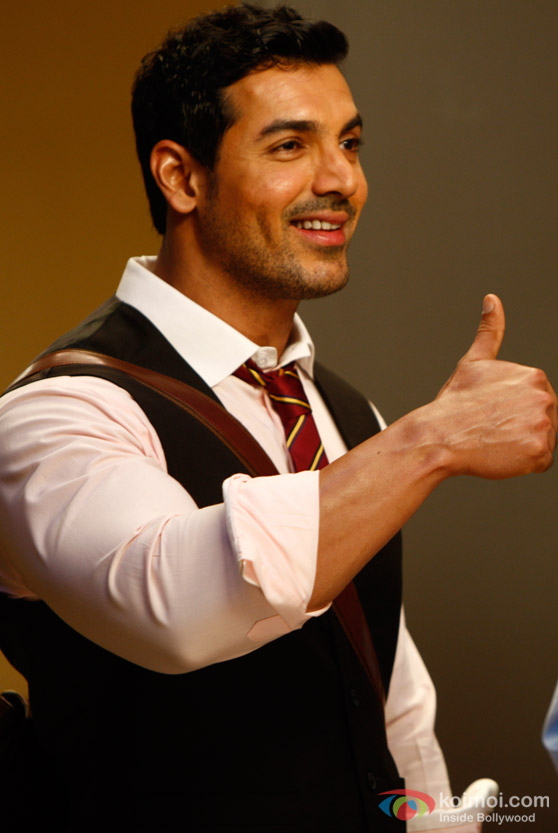 John Abraham gives a thumbs up in Desi Boyz Movie