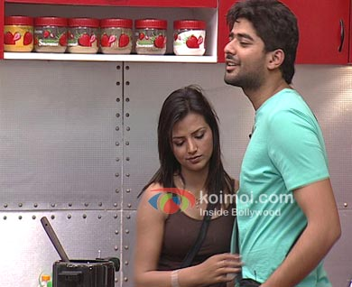 UTV Bindass Love Lockup - Navraj-Kiran Episode Stills