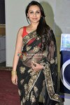 Rani Mukerji goes desi in a sari