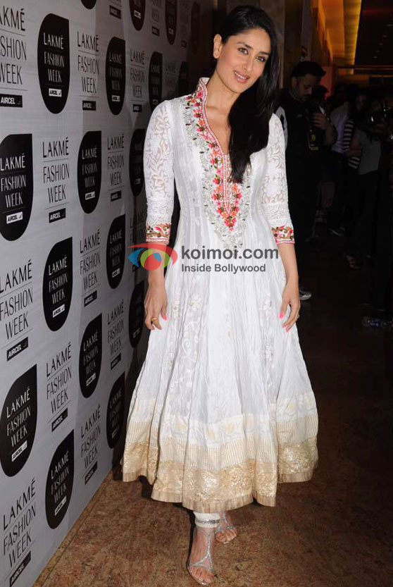Kareena Kapoor At 'Lakme Fashion Week 2011' Event