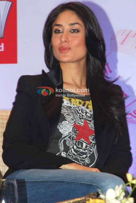 Kareena Kapoor Puckers Up