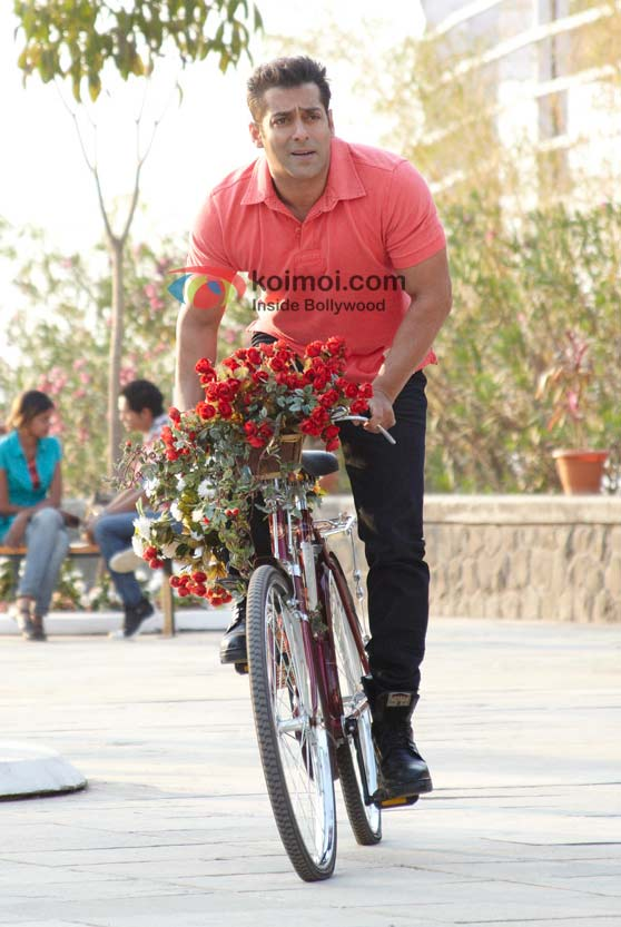A romantic Salman Khan in Bodyguard Movie