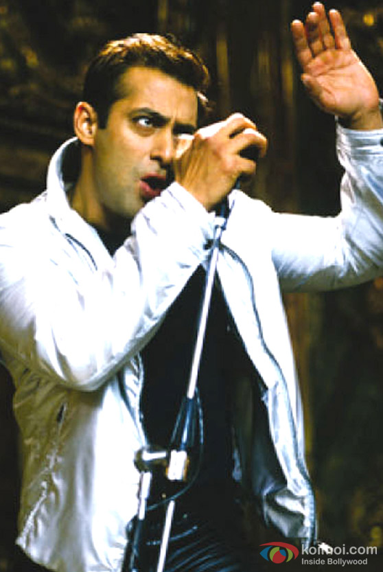 Salman Khan sings in Lucky : No Time For Love Movie