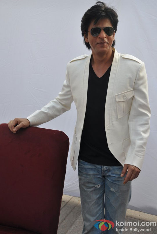 Shah Rukh Khan Celebrate His Birthday With Media
