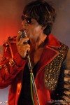 Shah Rukh Khan takes the mike in Always Kabhi Kabhi Movie