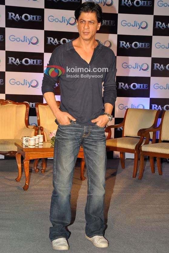 Shah Rukh Khan At Meet Gojiyo-Ra.One Contest Winners