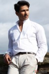 A serious Shahid Kapoor in Mausam Movie