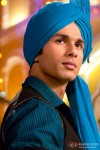 Shahid Kapoor in a turban in Mausam Movie