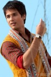 Shahid Kapoor flies a kite in Mausam Movie