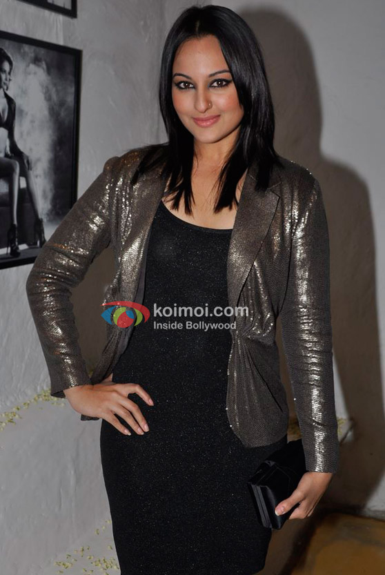 Sonakshi Sinha At Dabboo Ratnani's 2012 Calendar Launch Event