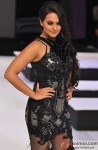 Sonakshi Sinha Walks the Ramp at Blenders Pride Fashion Tour 2012