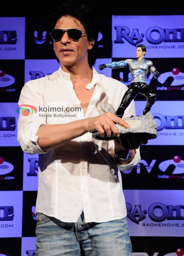 Shah Rukh Khan At Ra.One Game Launch