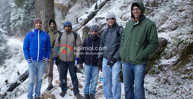 The Lootera team were stranded in Dalhousie due to heavy snowfall.