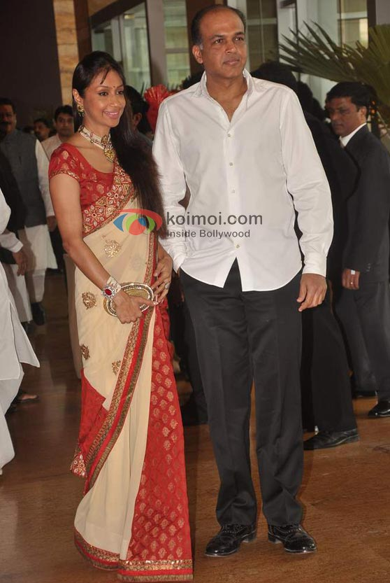 Ashutosh Gowariker At Ritesh-Genelia Wedding