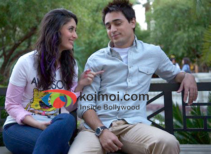 Imran Khan & Kareena Kapoor in a still from Ek Main Aur Ekk Tu.