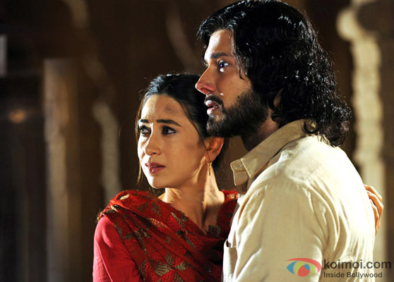 Karisma Kapoor and Rajneesh Duggal in Dangerous Ishhq Movie Stills