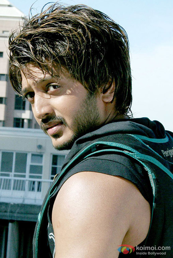 Ritesh Deshmukh in Cash Movie