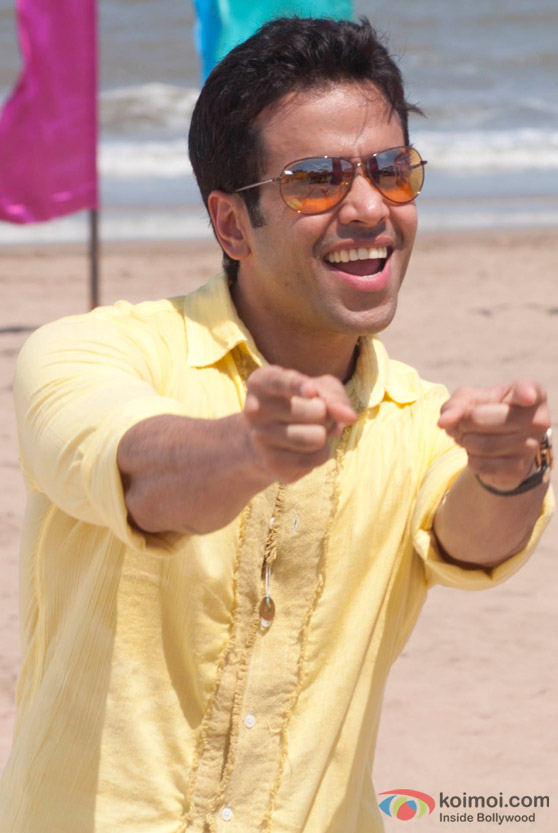 Tusshar Kapoor in Hum Tum Shabana Movie