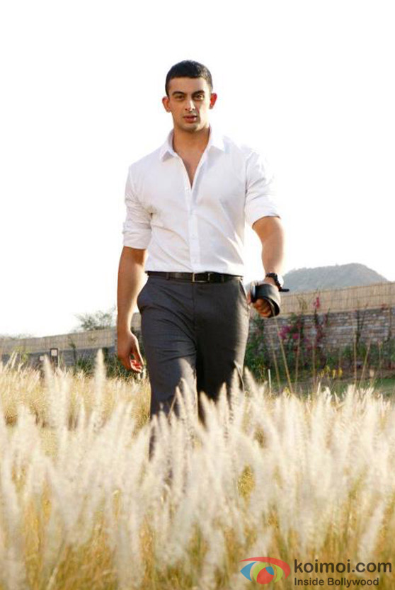 Arunoday Singh look rugged enough in Jism 2 Movie Stills