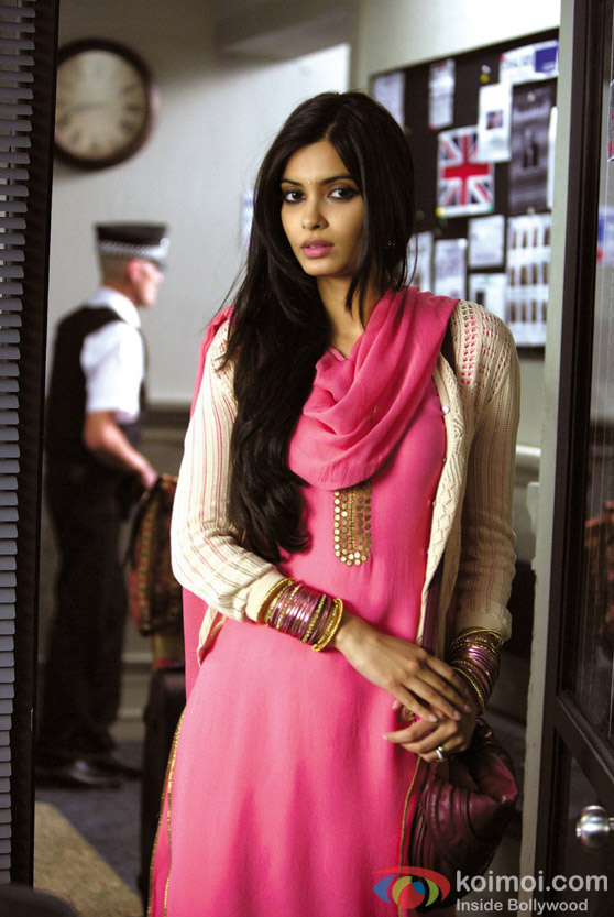 Diana Penty hot in pink dress in Cocktail Movie Stills