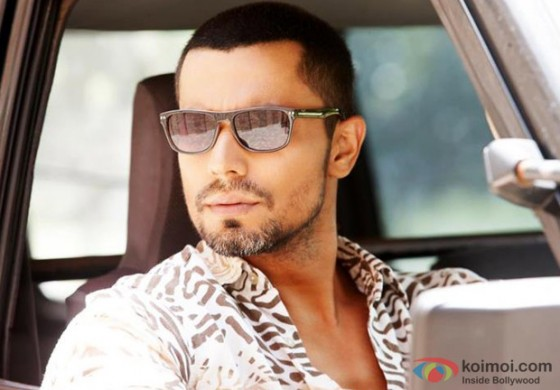 Randeep Hooda the Assassin in Jism 2 Movie Stills