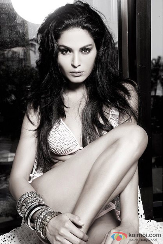 Veena Malik's hot look
