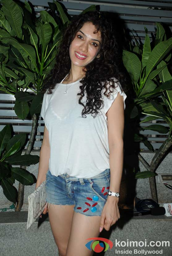 Adah Khan at 'Wednesday Bar Nights' Celebration