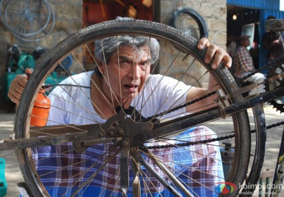 Asrani in Ek Tha Hero Movie Stills