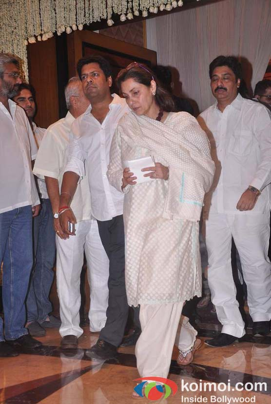 Dimple Kapadia At Rajesh Khanna's Prayer Meet