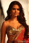 Flaunting her curves Esha Gupta in Jannat 2 Movie