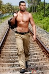 Muscular Randeep Hooda in Jism 2 Movie