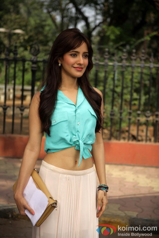 Neha Sharma looks stunning in Jayanta Bhai Ki Luv Story Movie Stills