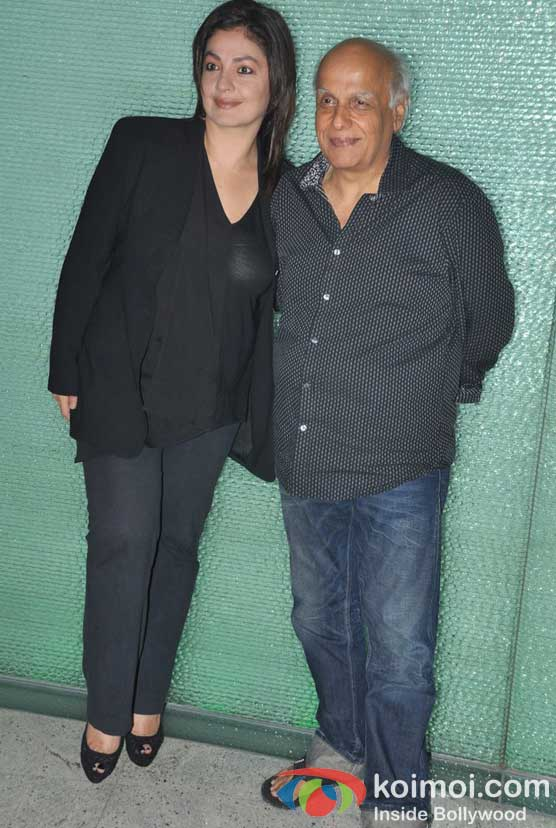 Pooja Bhatt, Mahesh Bhatt At Jism 2 Movie Press Conference