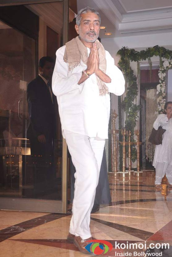 Prakash Jha At Rajesh Khanna's Prayer Meet