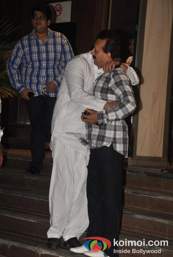 Sanjay Dutt At Baba Siddique's Iftar Party