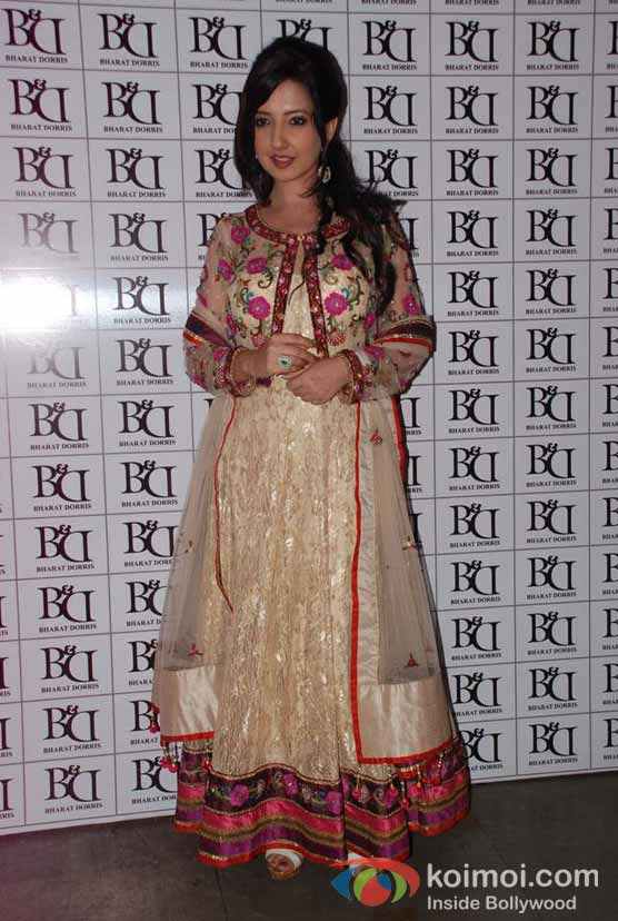 Amy Billimoria At Bharat & Doriss Bridal Fashion Show 2012
