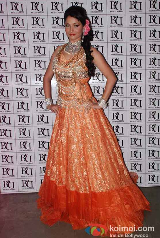Ankita Lokhande At Bharat & Doriss Bridal Fashion Show 2012