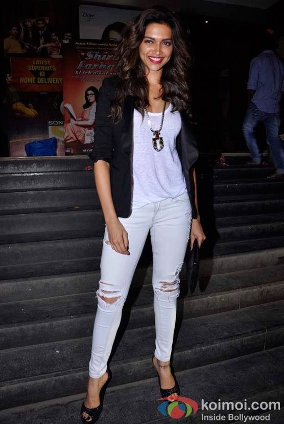 Deepika Padukone At Shirin Farhad Ki Toh Nikal Padi Movie Special Screening At Cinemax