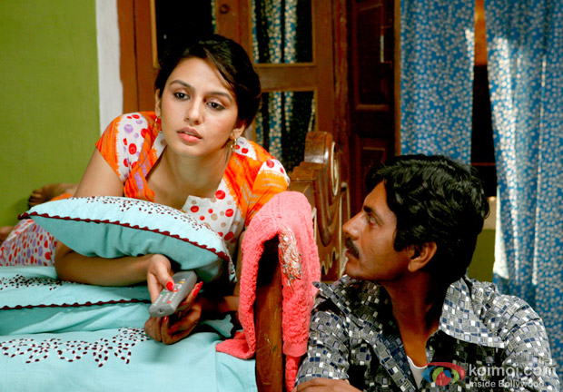Huma Qureshi and Nawazuddin Siddiqui In Gangs Of Wasseypur 2 Movie Stills