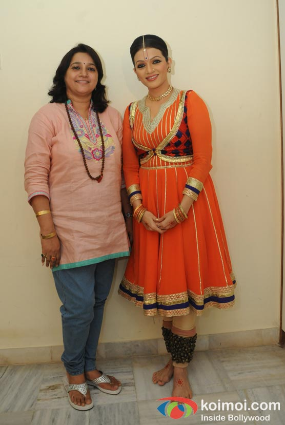 Kavita Sheth, Prachi Shah Performs For The Opening Of Lord Krishna Festival