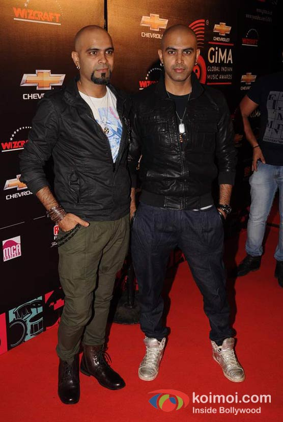 Raghu Ram, Rajiv Laxman At Global Indian Music (GIMA) Awards 2012 Red Carpet
