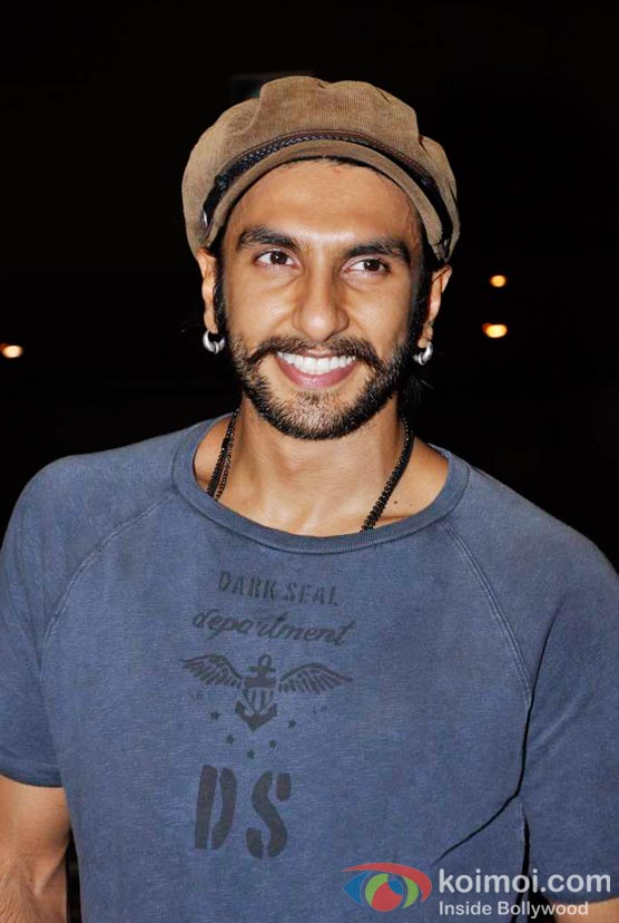 Ranveer Singh At Shirin Farhad Ki Toh Nikal Padi Movie Special Screening At Cinemax