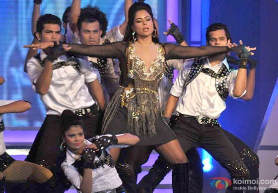 Sameera Reddy Performs at Credai's Real Estate Awards