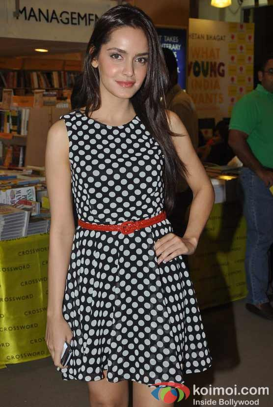 Shazahn Padamsee At Chetan Bhagat's 'What Young India Wants' Book Launch