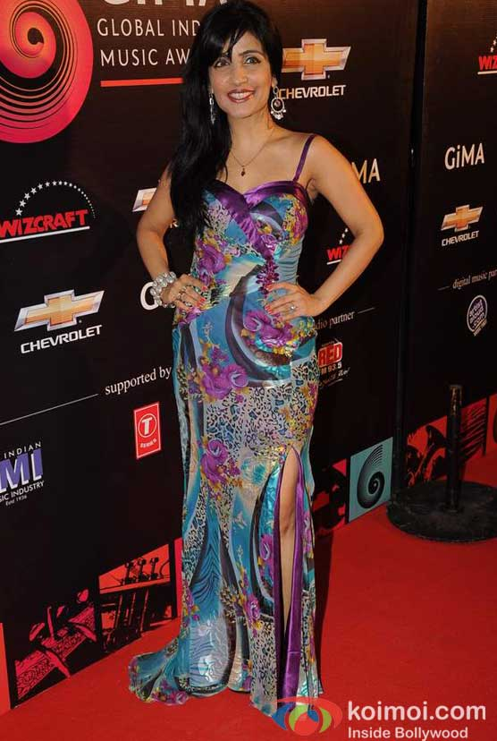 Shibani Kashyap At Global Indian Music (GIMA) Awards 2012 Red Carpet