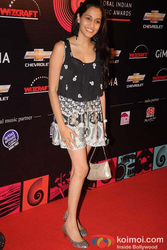 Shweta Pandit At Global Indian Music (GIMA) Awards 2012 Red Carpet